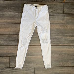 American Eagle white distressed jeans strech